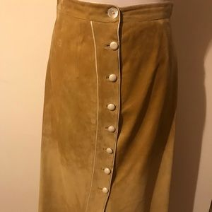Dresses & Skirts - Vintage Suede skirt with Leather covered buttons